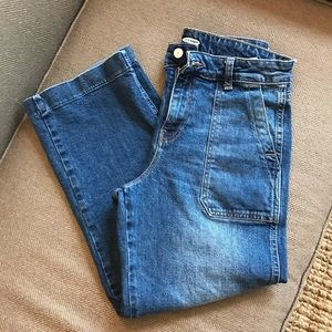 Wide-Leg high-rise cropped jeans from Old Navy